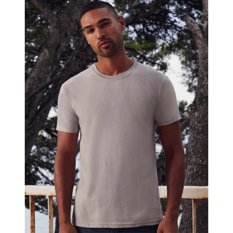 photo of model with premium fruit of the loom t-shirt to personalize at marcate.net
