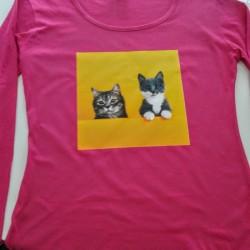 ejemplo camiseta personalizada manga larga mujer gatos fondo amarillo impresion directa