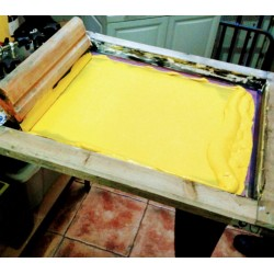 screen printing t-shirts marcate.net screen printing screen with yellow color