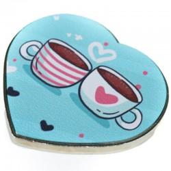 Foto de imán metálico en forma de corazón personalizado con dos tazas de café