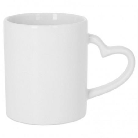 Foto de taza blanca con asa en forma de corazón para personalizar en marcate.net