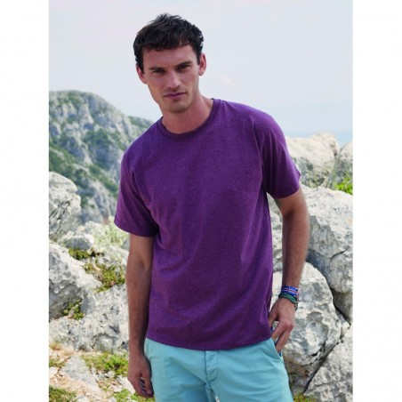 model with basic short sleeve t-shirt of vintage color resistant heather red to personalize