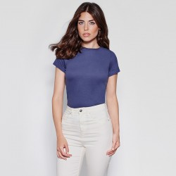 photo of girl with purple basic short sleeve soft shirt to personalize at marcate.net