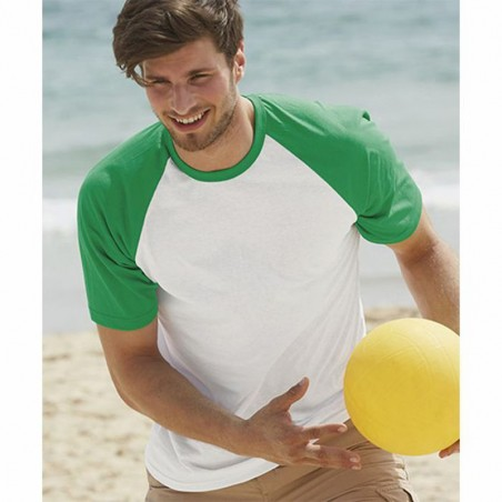 Image of model with white and green baseball t-shirt to personalize at marcate.net