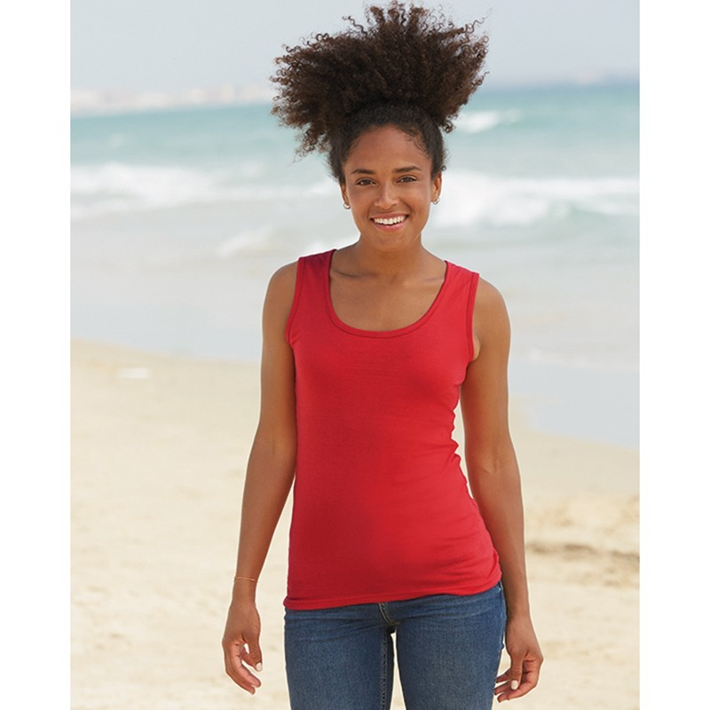 photo of brunette girl with red tank top with wide straps to personalize on marcate.net